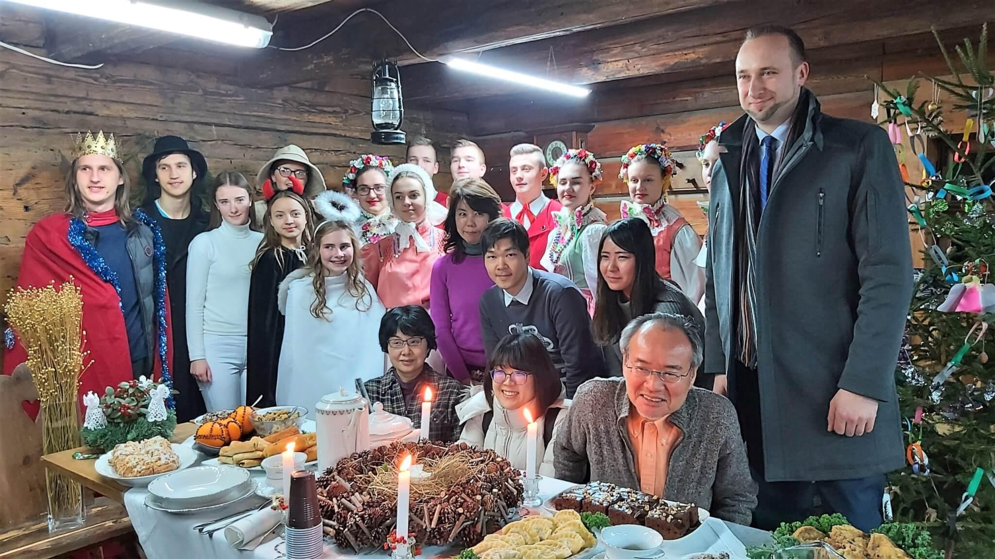 Japończycy w skansenie w Wolszynie