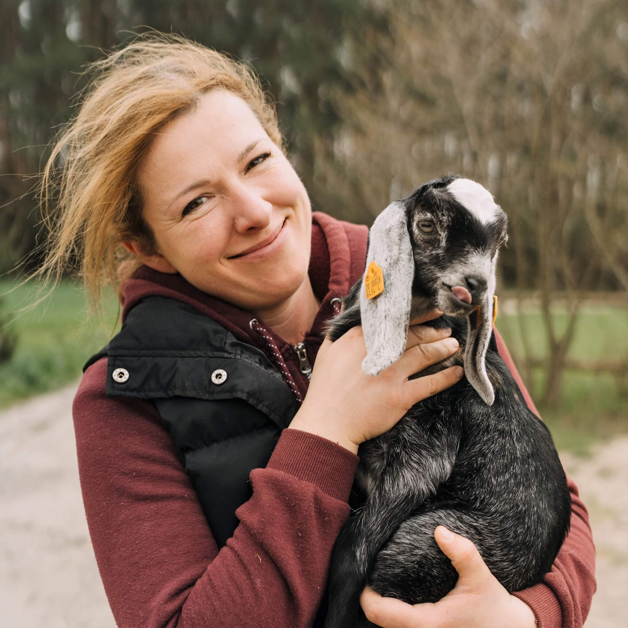 Twórczyni i właścicielka Chaty Miłkowskiej - jednego z najlepszych obiektów agroturystycznych w Wielkopolsce, w której łączy pasję do pracy ze zwierzętami z zamiłowaniem do poznawania nowych osób.