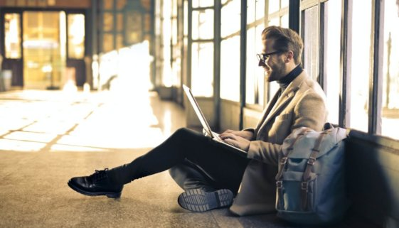 man-wearing-gray-blazer-838413