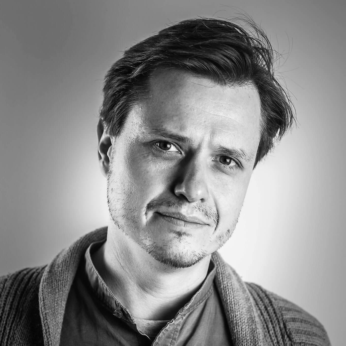 Kierownik Działu Promocji Turystycznej PLOT. Zajmuje się działaniami obejmującymi współpracę z mediami, branżą turystyczną, promocję internetową oraz organizację podróży studyjnych. Koordynator akcji Poznań za pół ceny i Dni Twierdzy Poznań.
